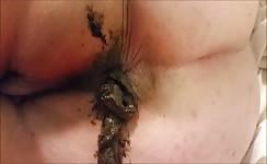 BBW babe shitting on her knees